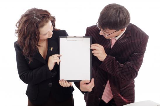 Jak znaleźć pracę za granicą bez znajomości języka?