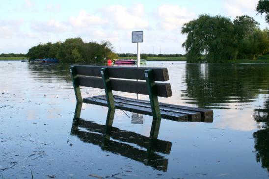 Ubezpieczenie od skutków powodzi - czy warto, co ubezpieczyć?