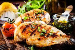 Najlepsze przyprawy do kurczaka z grilla