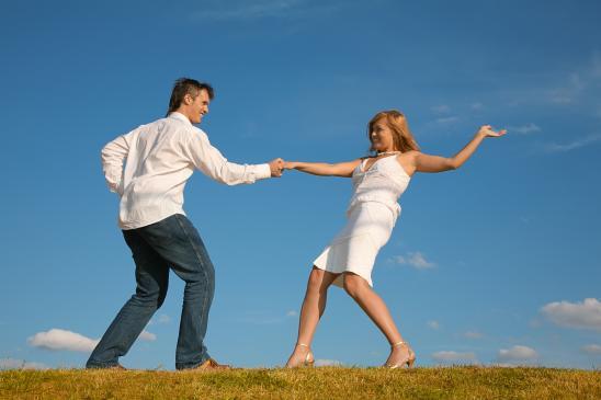 Jaką sukienkę wybrać na ślub cywilny?