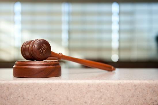 Ile zarabia biegły sądowy?