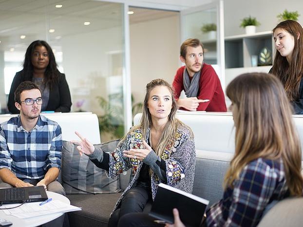 Jak wprowadzić nowego pracownika do zespołu?