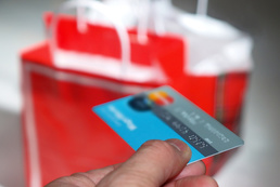 Ukryte koszty kart kredytowych