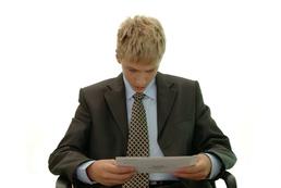 Kiedy ma miejsce bezprawne rozwiązanie umowy o pracę?