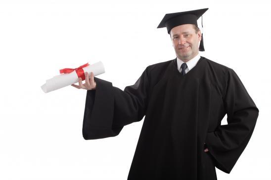 Jak wygląda obrona pracy magisterskiej?