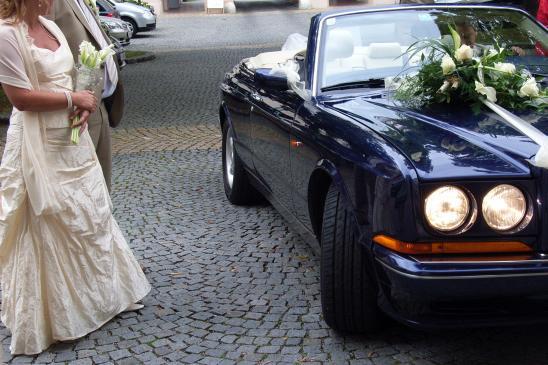 Jak przystroić samochód na wesele?