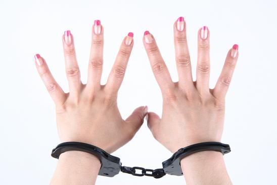 Jakie uprawnienia ma policja podczas zatrzymania?