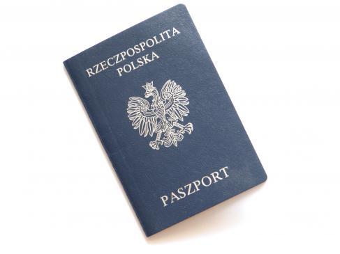 Jakie są formalności przy wniosku o paszport?