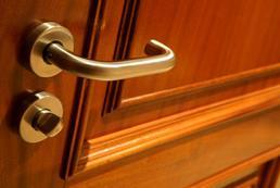 Montaż drzwi - krok po kroku