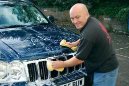 Jak umyć samochód?