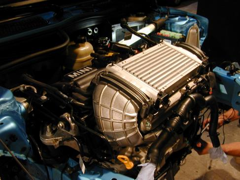 Jak wymienić filtr paliwa w samochodzie?