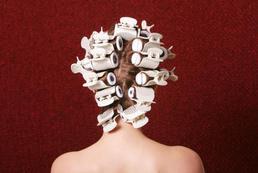 Jak zapleść warkoczyki na całej głowie?