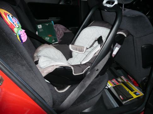 Dziecięcy fotelik samochodowy - na co zwrócić uwagę?