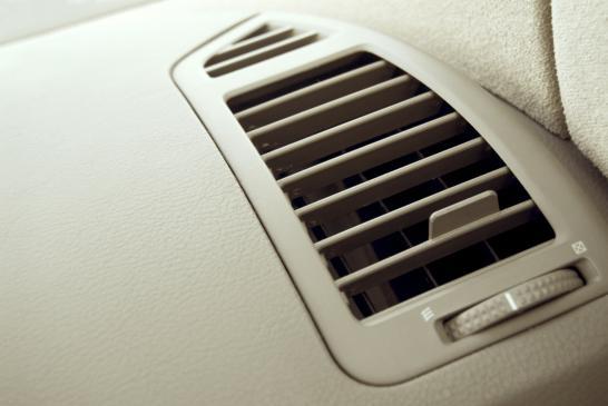 Uszkodzona klimatyzacja w samochodzie - przyczyny