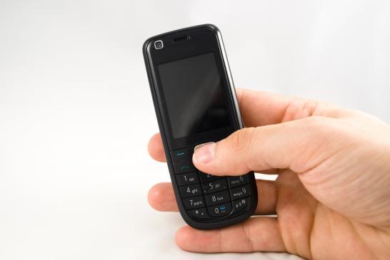 Jak zaoszczędzić na telefonie?