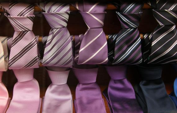 Dobieranie krawata