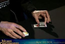 Sztuczka magiczna - karta i zapałki