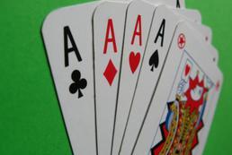 Sztuczki karciane - dwie karty