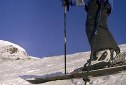 Jak przygotować narty do sezonu?