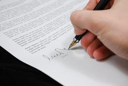 Jak stworzyć umowę o pracę?