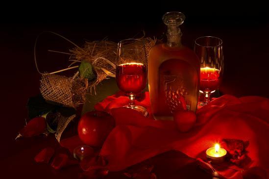 Jak udekorować stół na Walentynki?