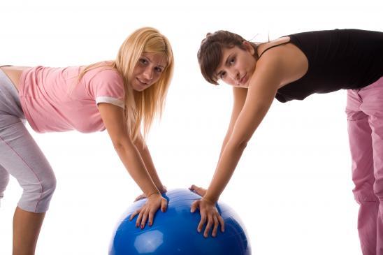 Zestaw ćwiczeń z piłką rehabilitacyjną