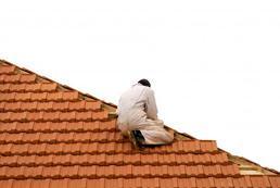 Dachówka ceramiczna czy cementowa - porównanie