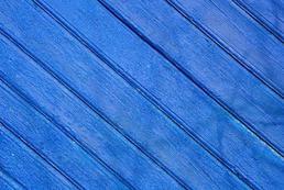 Jak pomalować drewniane ogrodzenie?