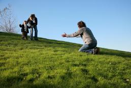 Co robić, gdy dziecko unika ojca?