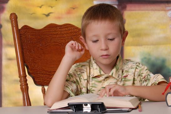 Jak pomóc dziecku leworęcznemu?