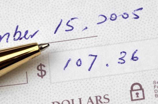Jak zrealizować czek z Anglii?