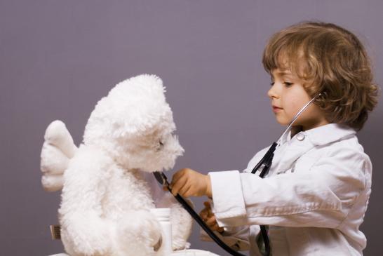 Dlaczego dziecko naśladuje inne dzieci?
