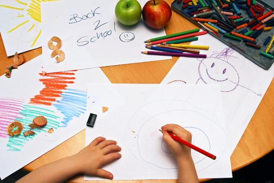 Jak nauczyć dziecko rysować?