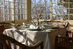 Jak ustawić stoły na przyjęcie?