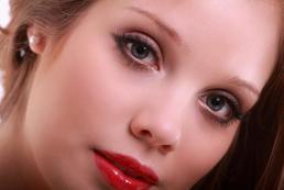 Makijaż wieczorowy - jak zrobić?