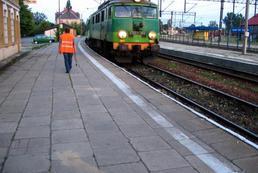 Jak podróżować pociągiem?