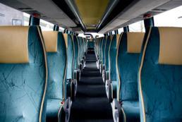 Jak należy zachowywać się w autobusie?