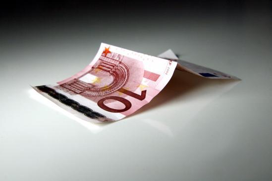 Jak gospodarować pieniędzmi w podróży?