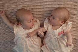 Jak wychować bliźnięta?