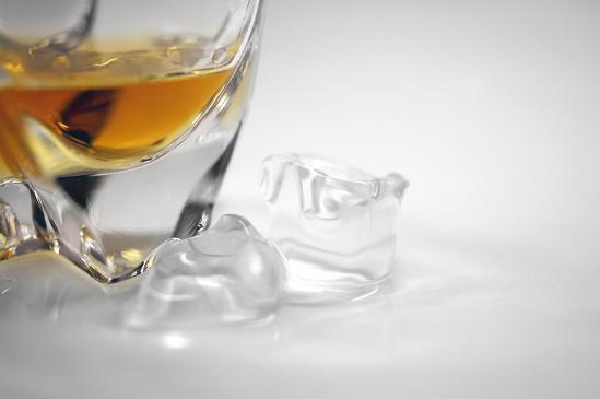 Jak podawać whisky?