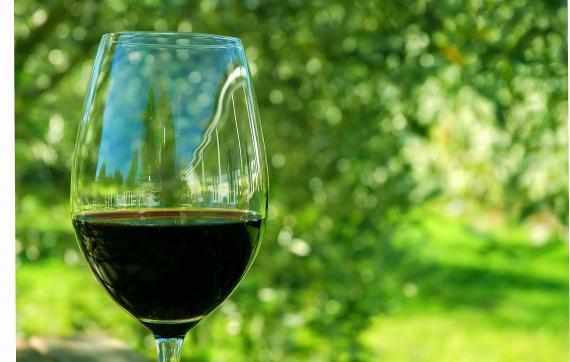 Jak opisać smak wina?