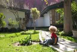Jak zrobić plac zabaw dla dzieci w ogrodzie?