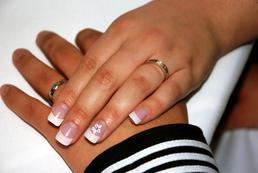 Akcesoria do stylizacji paznokci