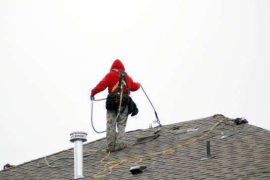 Czyszczenie, renowacja dachu - na co zwrócić uwagę?