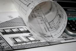 Jak wykonać fundamenty przy istniejącym budynku?