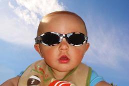 Niemowlę na plaży - jak się przygotować?