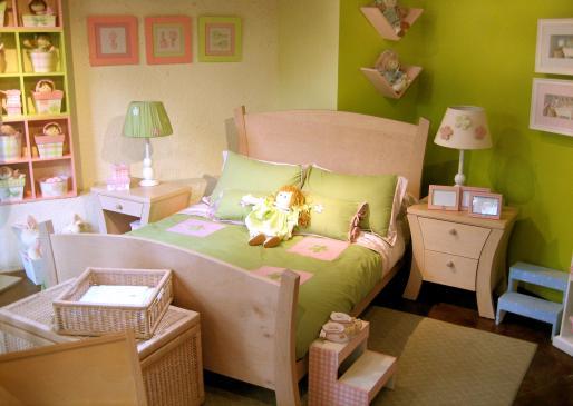 Jakie meble do pokoju dziecięcego?