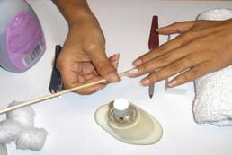Wybór akcesoriów do manicure