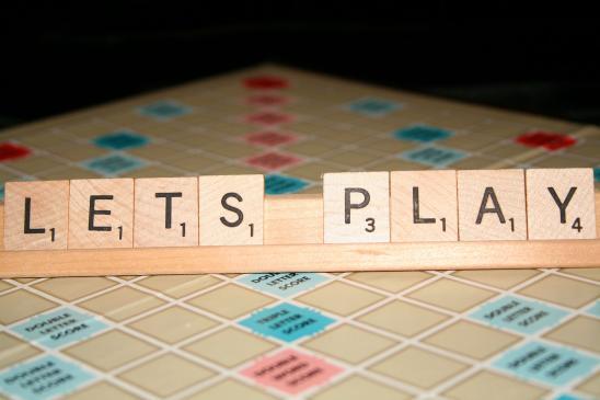 Jak grać w Scrabble? Zasady