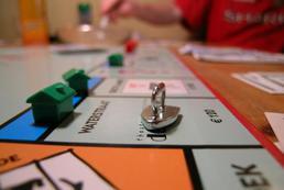 Jak grać w Monopoly? Zasady